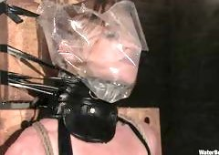 Suffocation And Water Makes Her Satisfied