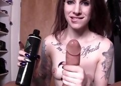 Sheena rose with long nails loves getting the cum out