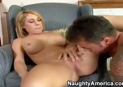 Awesome blond Amber Ashlee acting in amazing facial performance