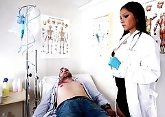 Doctor Marta la Croft resuscitate her patient with a bj & gets hard nailed