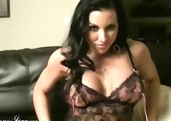 Brunette woman with a fantastic body show her passion