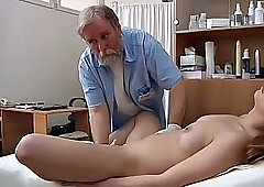 big lip model gets a pussy exam