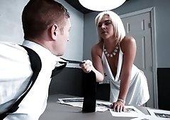 Villainous femme fetale Rharri Rhound is in big trouble, and under interrogation from Detective Oliver Flynn