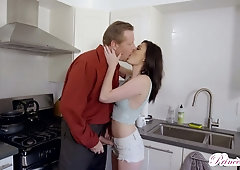 Bitchy chick Jessica Rex seduces old lover of whorish stepmom