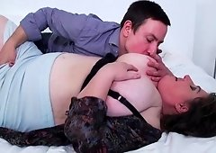 Dude knows how to take care of mature BBW Jana using his cock