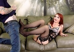 Redhead sweetie Violet Monroe makes his long cock disappear