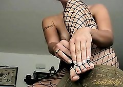 Freckled milf cutie is so sexy in fishnet pantyhose