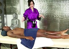 Masseuse Jennifer White climbs on the table and sucks dick