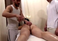 Good-looking experienced lady got fisted by mad guy