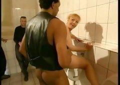 Isabel Golden und der Toilettenfick