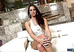 Sexy leggy slut Rachel Roxxx eagerly works on strong cock of real hunk
