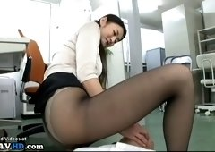 japanese milf secretary with stunning perfect legs