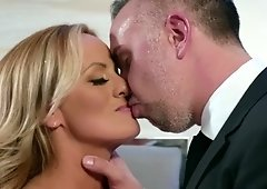 Stormy Daniels wraps her lips and pussy around fat cock