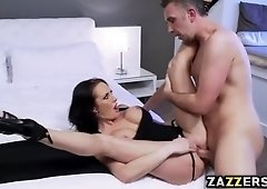 Alektra was pounded in different positions until he cums in her mouth
