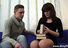 Cute slender nerdy gal Rose is actually such a fantastic cock rider