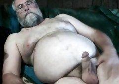Bear Daddy's Jizz