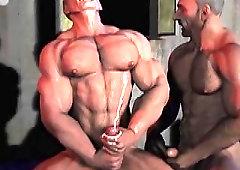 Body builder com gay sex